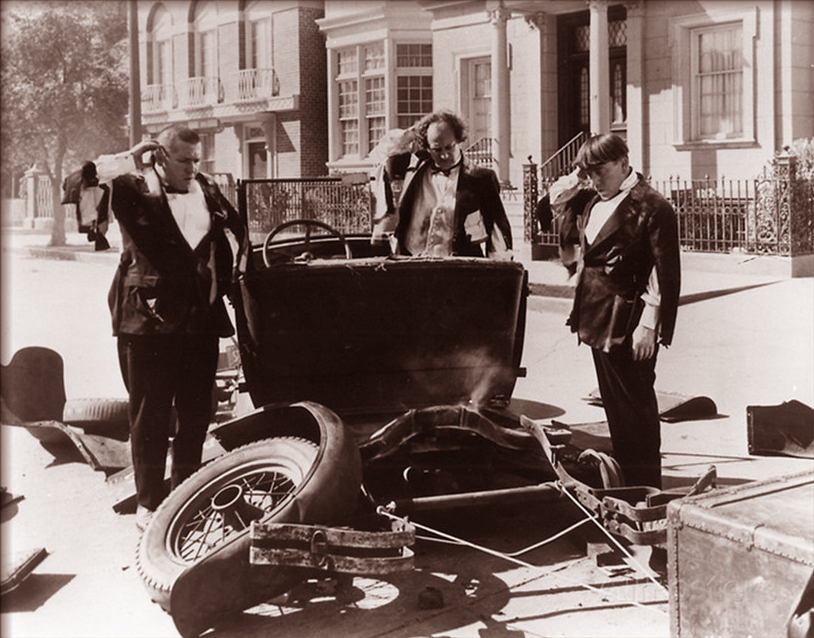 three_stooges_wrecked_car